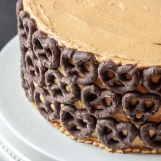 Peanut Butter Chocolate Pretzel Cake