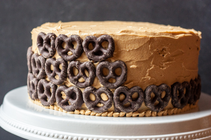 Peanut Butter Chocolate Pretzel Cake -39